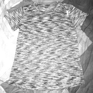 Women's Reebok Short Sleeve Tee Shirt Size Large